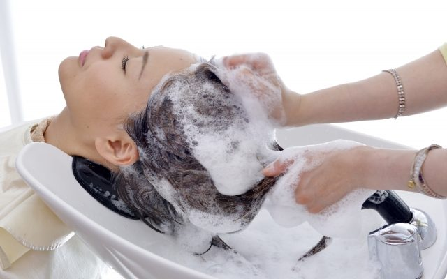 シャンプーや髪の毛の洗い方はAGA男性型脱毛症や薄毛に影響するのか?