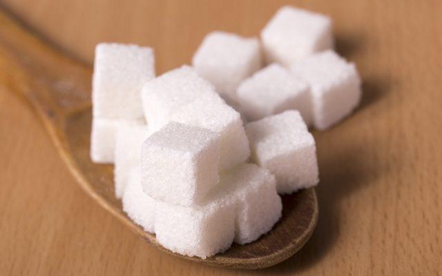 砂糖・甘いものの食べ過ぎはAGA男性型脱毛症や薄毛に影響するのか?