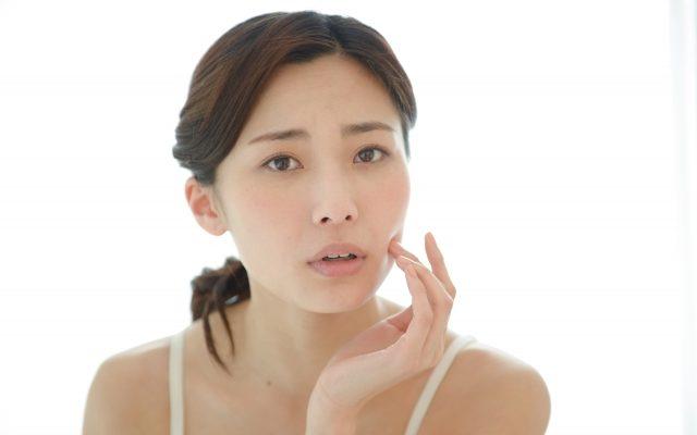 女性の髪のボリュームが減る薄毛の原因、FAGA女性男性型脱毛症とは?
